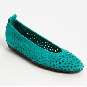 • Arche • Lilly Perforated Leather Ballet Flat